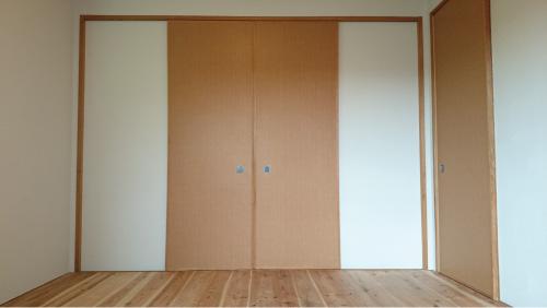戸襖の張り替え